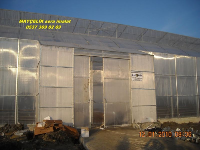 Polycarbonate-covered Greenhouse Manufacturing